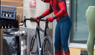 CnWSHE9W8AAmgBY SPIDER-MAN: HOMECOMING Set Videos Show Spidey Taking Out a Bad Guy