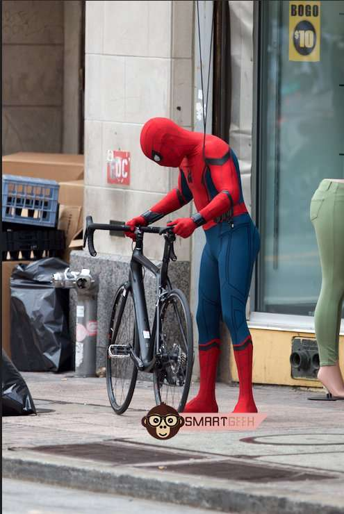 SPIDER-MAN: HOMECOMING Set Videos Show Spidey Taking Out a Bad Guy
