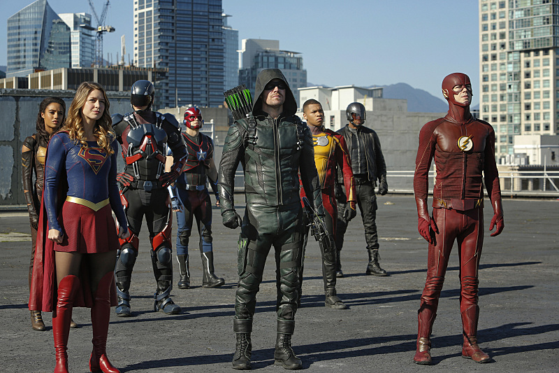 WATCH: Full Trailer for Supergirl, Arrow, The Flash & Legends of Tomorrow Crossover