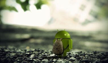 Android Mascot with Bag 3D HD Wallpaper 3 Top 7 Hidden Features Of Android OS You Need to Know