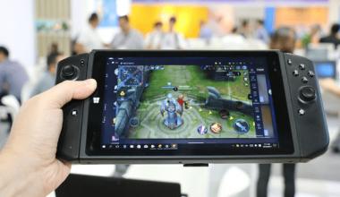 jk Nintendo Gaming Tablet That Runs Windows 10