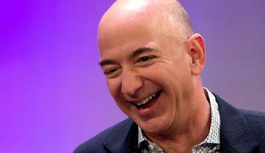 072717 bezo Amazon's Jeff Bezos Confirmed As World's Richest Man of All Time