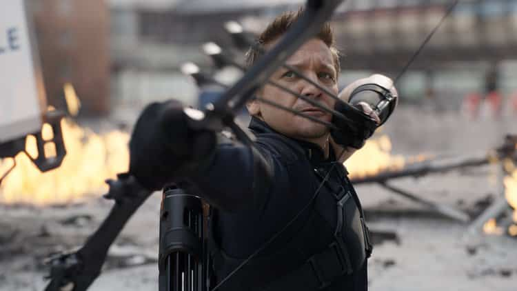 Marvel Fans Launch Crazy Petition To Get Hawkeye Included in Trailers For AVENGERS: INFINITY WAR