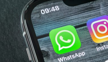 WhatApp's Take it or Leave it New Privacy Policy & Other chat alternatives.