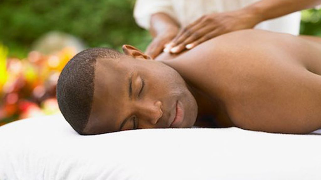 Spa 14 Thoughtful Valentines day Gift Ideas for Nigerian Men