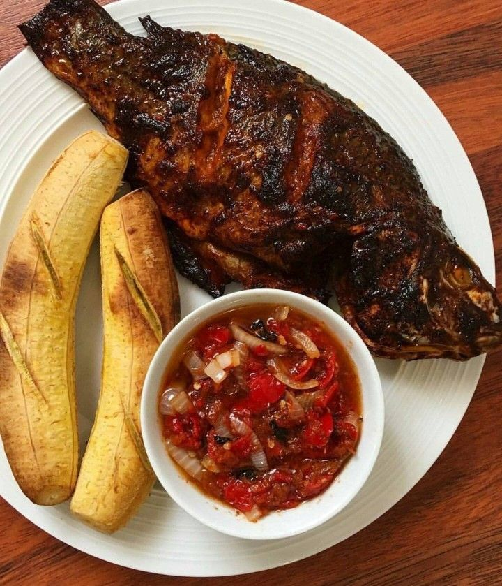 bole and fish 9 Most Beautiful Cities in Nigeria.